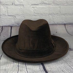 Vintage Miss DOBBS hat